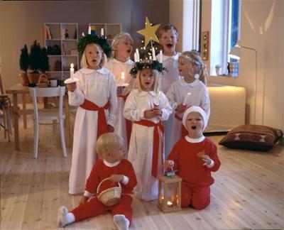 ルシア祭 聖歌隊(イメージ)