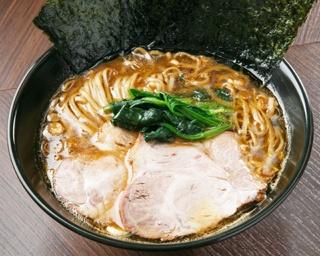 【写真を見る】開業以来初となる、豚骨スープを使ったメニューが登場する