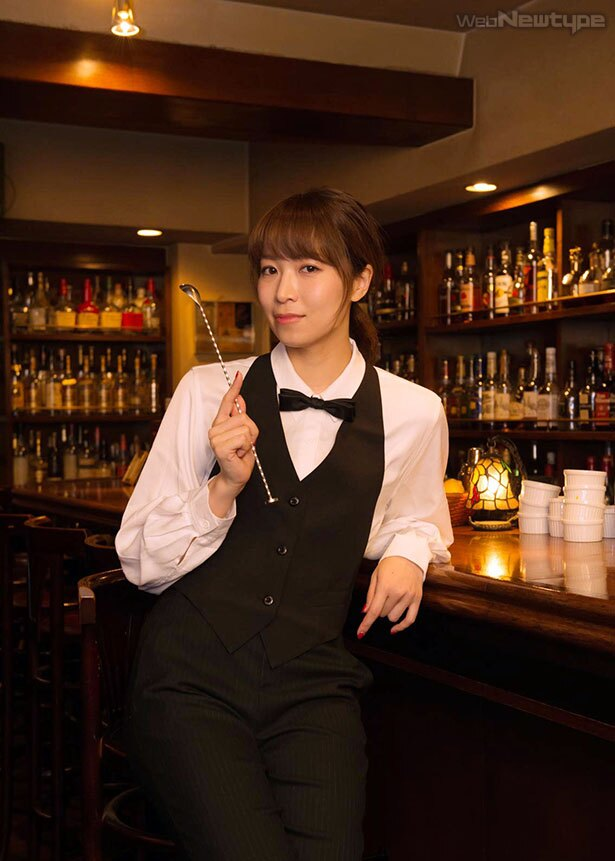 青木瑠璃子、シェイク&ステアでおもてなし【前編】