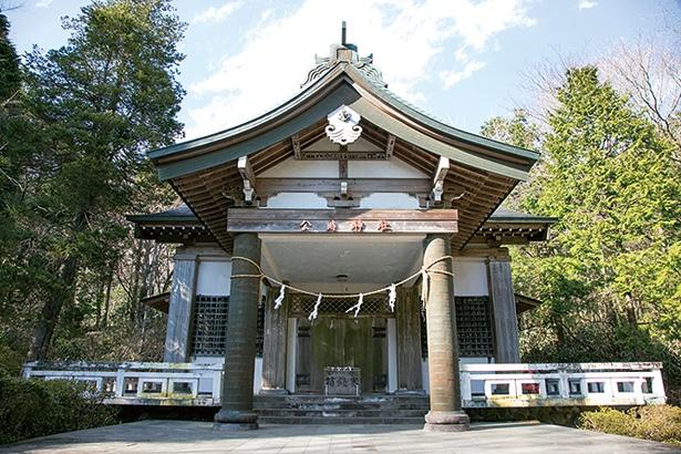 金太郎、のちの坂田金時(公時)の子孫が住んでいたとされる公時神社