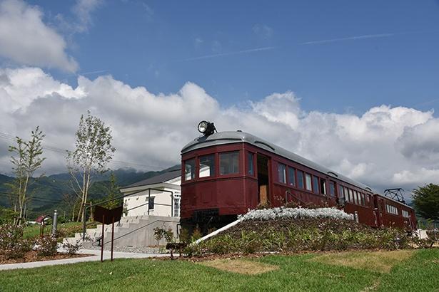 「モハ・デハニ」は長野電鉄で稼働していた本物の電車を利用している