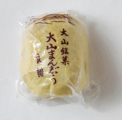 「良辨」のまんじゅうは、12個入り1070円