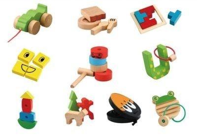 木のぬくもりいっぱいのおもちゃ