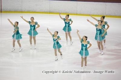 都民体育大会にて、神宮Ice Messengers(ジュベナイル)の演技