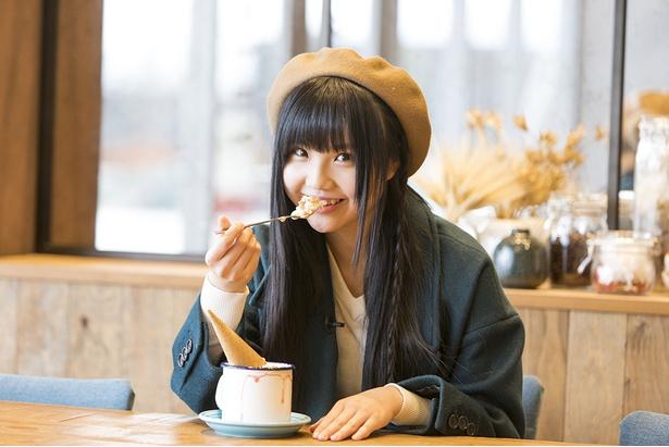 「甘〜い。今日は特別にいっぱい食べちゃう!」と北川