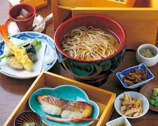 「京おぞよ蕎麦御膳」(3900円)/料理と蕎麦と酒 三味洪庵 本店