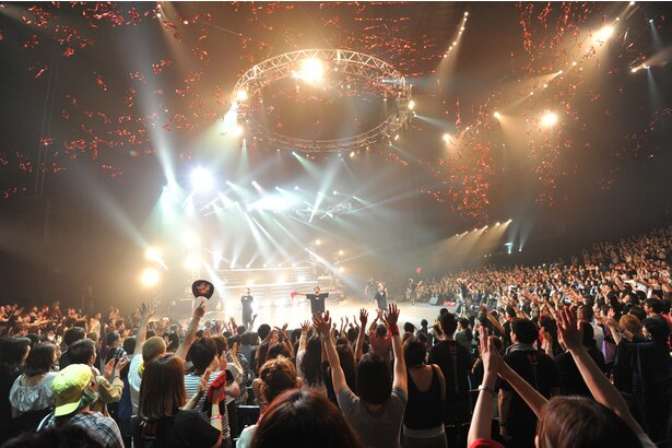 DA PUMP20周年ライブの様子