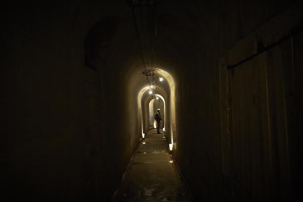 約400メートル続く神秘的な世界