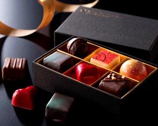 「ショコラ バレンタイン」(6個入り2,268円)。味はもちろん、香りや風味、色、形など細部にまでこだわりが詰まっている