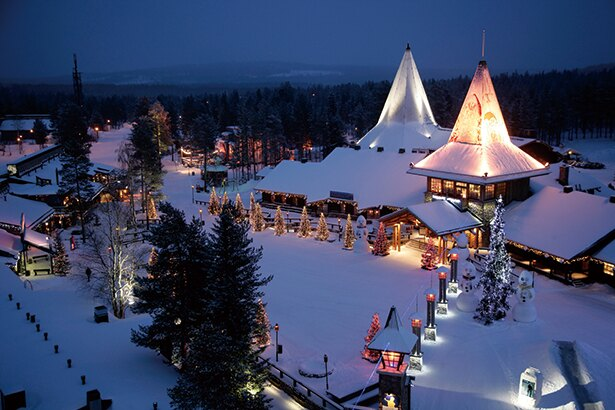 クリスマス一人旅!フィンランドで憧れのサンタクロースを独り占め
