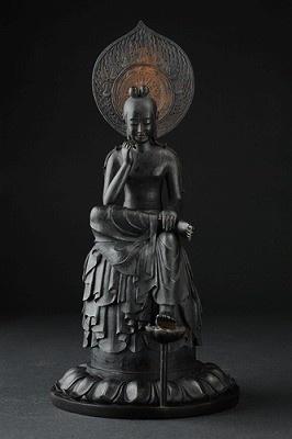 熟練の職人技で忠実に再現! 「リアル仏像 菩薩半跏像」