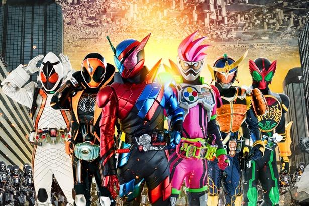 「仮面ライダー」の劇場版最新作が初登場1位を獲得!