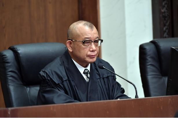 「99.9-刑事専門弁護士-  SEASONII」で裁判官を演じる笑福亭鶴瓶