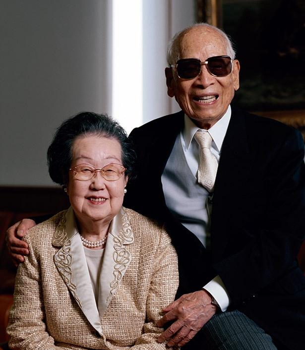 朝ドラ「まんぷく」でモデルとなる、日清食品の創業者・安藤百福(ももふく)さんとその妻・仁子(まさこ)さん