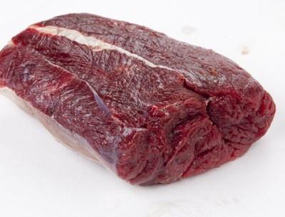 アミノ酸やミネラルバランスがよいヘルシーな肉といえば「シカ肉」。淡白な味で食べやすいのでいろいろな料理に応用される