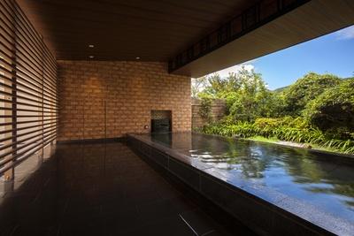 箱根外輪山を眺めつつ、ゆったり温泉に浸かろう