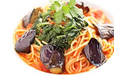 秋茄子とチキンのトマトスパゲティ