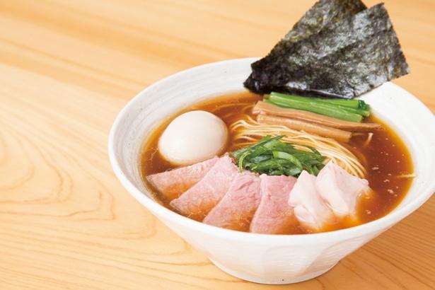 トロリとしてまろやか、バランスのよさが光る「特製らぁ麺(醤油)」
