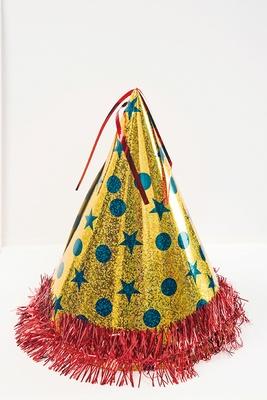 Xmasツリーの材料、まずはクリスマス定番の三角帽