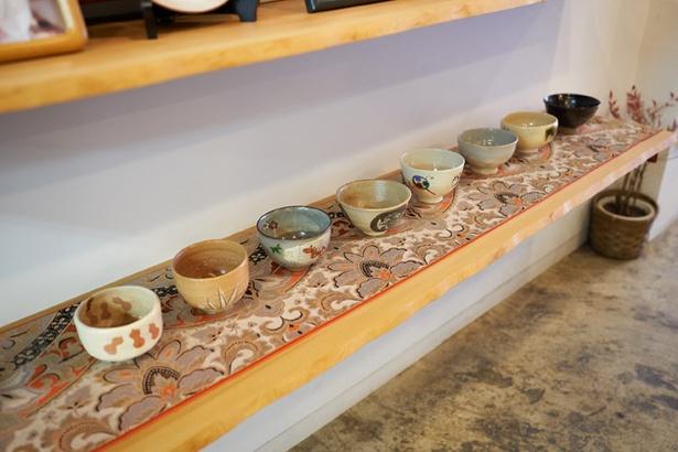 10種類から選ぶことができる抹茶セットの器