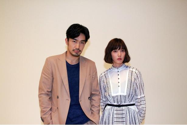 ドラマ「チェイス 第1章」でバディーを組む大谷亮平(左)と本田翼(右)