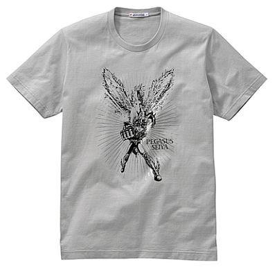 必殺技をマネした男子も多いのでは? 1980年代後半のテレビアニメを代表する人気作品「聖闘士星矢」のTシャツ。カラーはライトグレーのみ