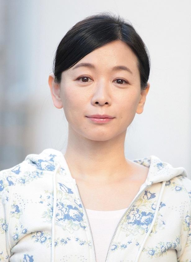 慶介(亀梨和也)の母・恭子を演じる裕木奈江