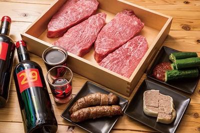 「さくっと肉山コース」(6品3240円)で、気軽に肉山登山!赤身肉にパテや牛肉ソーセージなど大満足の内容