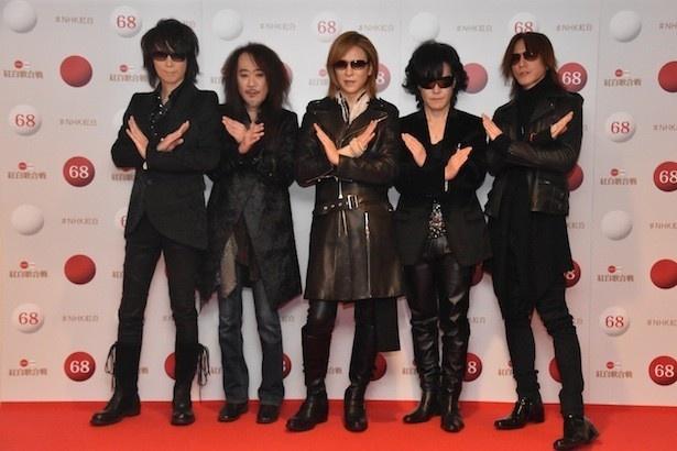 【写真を見る】「ENDLESS RAIN」と「紅」を披露したX JAPAN