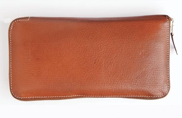 修理しながら使っているエルメスの財布