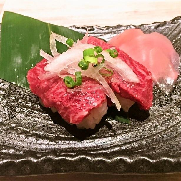 【写真を見る】大好評の「肉寿司食べ放題」を90分1980円で楽しめるキャンペーンは1日5組限定!