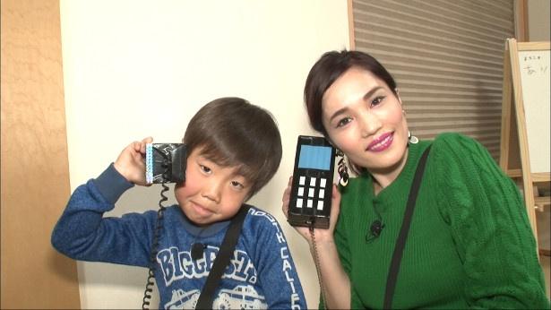 平野ノラが6歳のりんせいくんとバブリーダンスに挑戦!