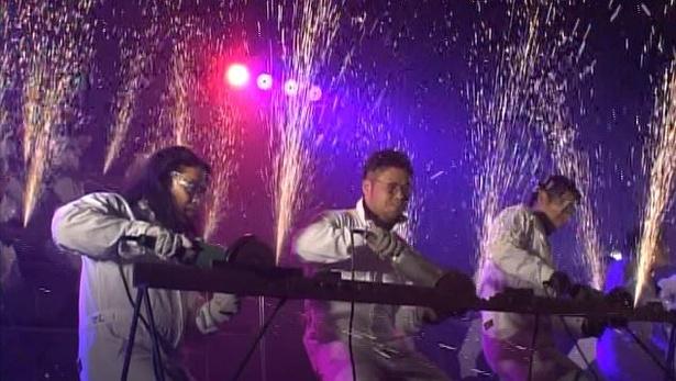 ロッチ・中岡創一は北海道・旭川鉄工青年会と「サンダーパフォーマンス」に挑戦!