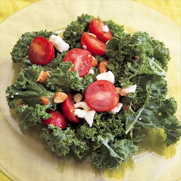【関連レシピ】ケールとナッツのサラダ