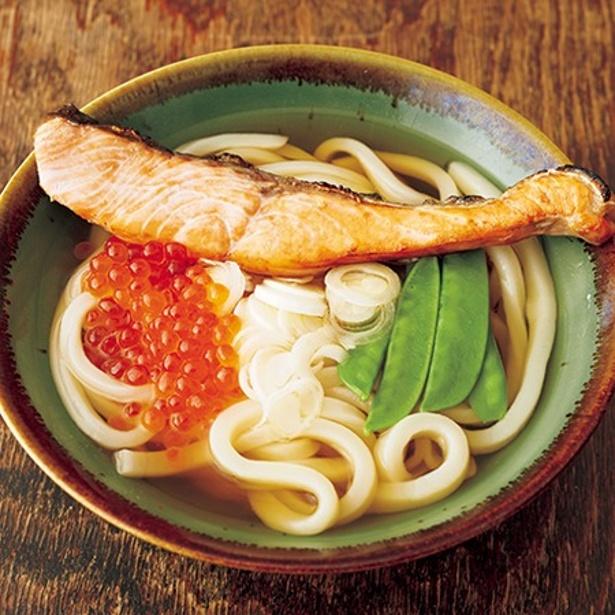「鮭とイクラのうどん」 レタスクラブニュースより