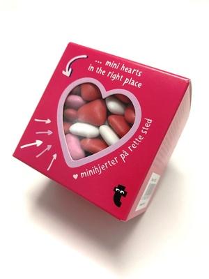 他にもハートチョコレート(税抜350円)などバレンタインを盛り上げるチョコレート菓子や雑貨が顔を揃える