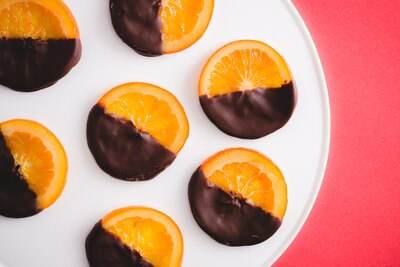 同店の定番ショコラ「New Valencia(ニューバレンシア)」(1830円から)は、スペイン産バレンシアオレンジとビターショコラが絶妙