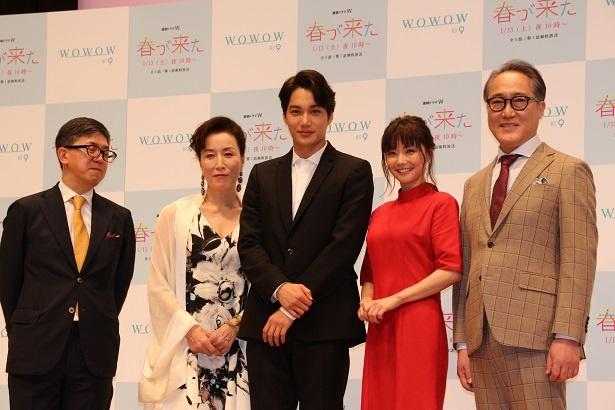 (写真左より) 河合勇人、高畑淳子、カイ(EXO)、倉科カナ、佐野史郎
