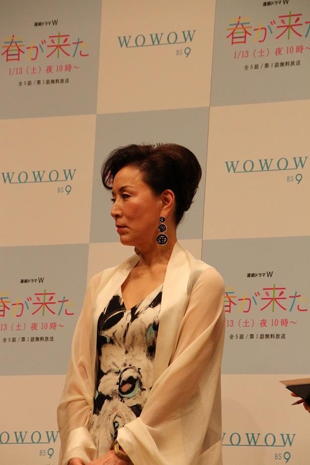 直子の母・須江を演じた高畑淳子
