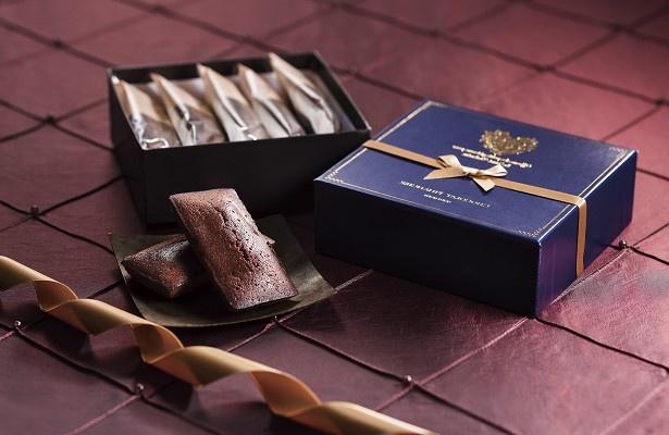 コクがあって香ばしい「ショコラ フィナンシェ」(1296円)は、クッキーとは違った食感・味わいを楽しめる