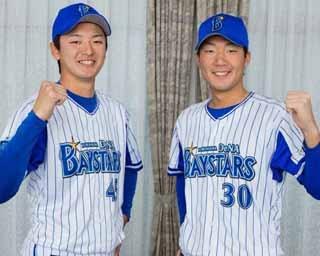 飯塚選手(右)が188cm、綾部選手(左)が189cmとビッグな2人