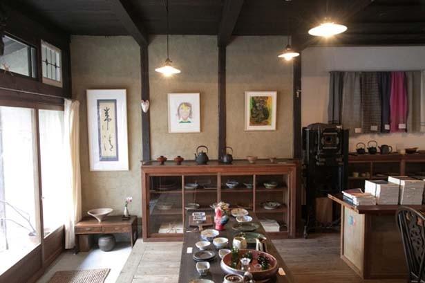築約80年の町家を改装した店内/ナナクモbooks&folkart