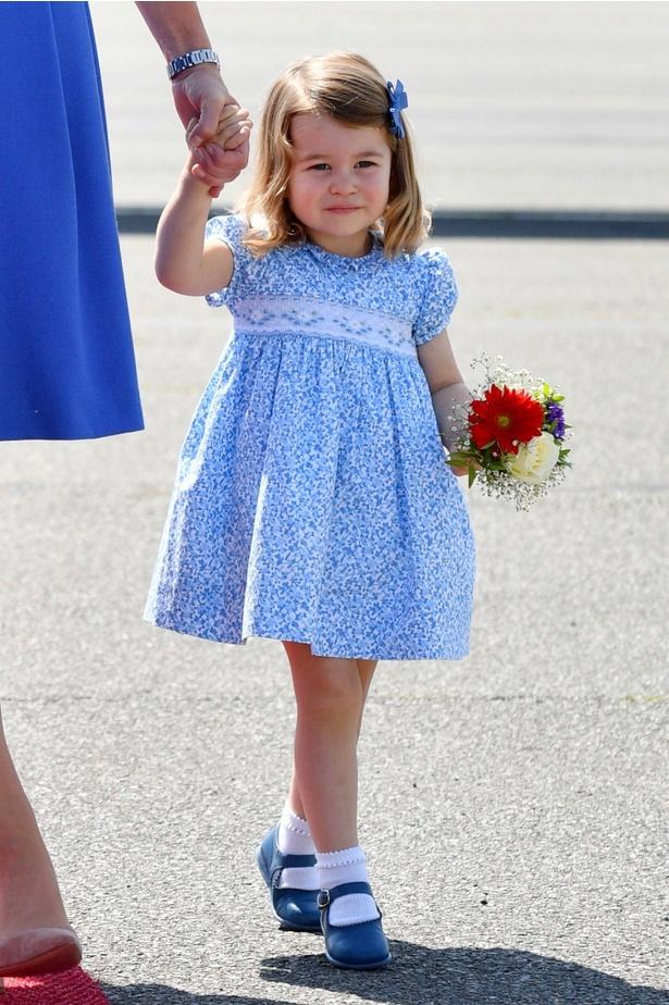シャーロット王女は早くも風格タップリ?