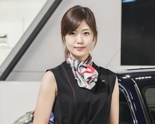 「札幌モーターショー2018」「スズキ」のブースで見つけた美人コンパニオン