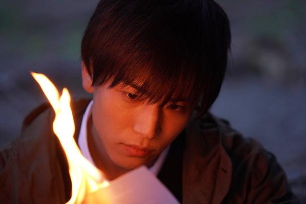 岩田剛典主演作『去年の冬、きみと別れ』から衝撃の予告編が到着!