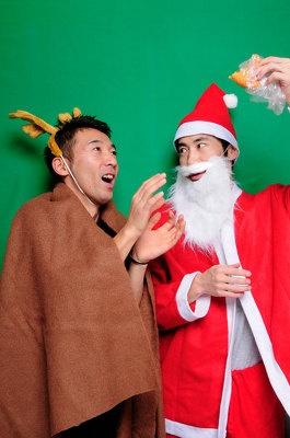 松竹芸能のコント師。32歳の西野恭之介(右)と33歳の小林幸太郎(左)、芦屋出身の芦屋在住