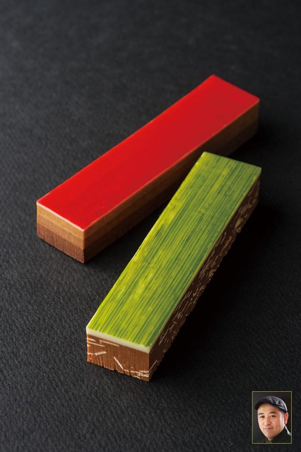 「ヨシノリ・アサミ」の「コフレプラリネ」 (1,836円/2個入り)。緑はピスタチオとアーモンドを細かくしてプラリネと混ぜ合わせ、赤は異なるチョコレートを3層に