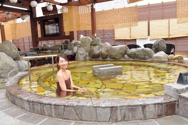 地下約840mから湧き出る温泉「源泉かけ流しの湯」/堺浜楽天温泉 祥福