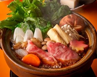 宮崎牛など、宮崎県産食材を使用した期間限定メニューがずらり