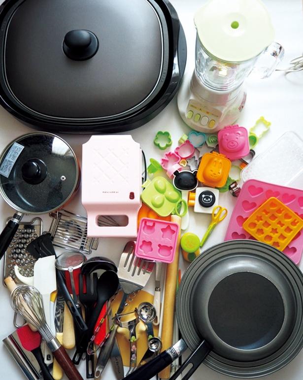 大きなものから小さなものまで、とにかくキッチンにはいろんなものが!